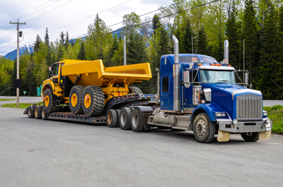 Heavy haul truck
